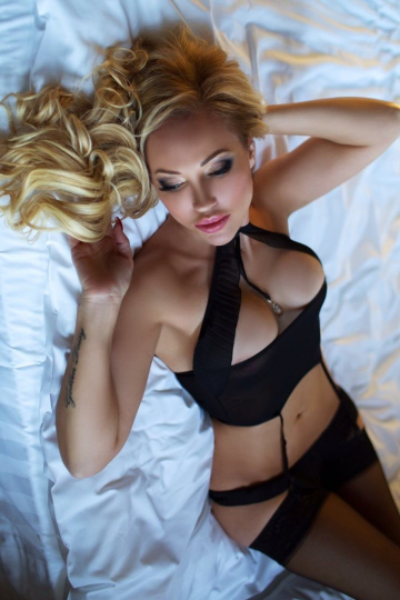 Linda London Escort