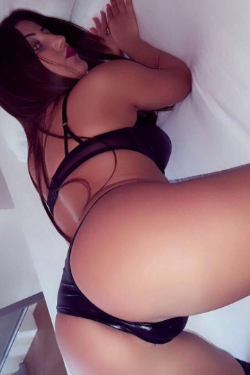 Lory London Escort